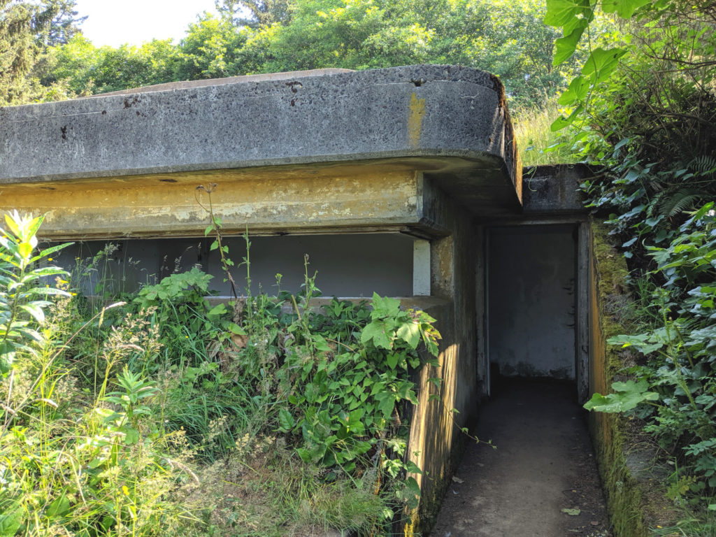 cape disappointment military ruins