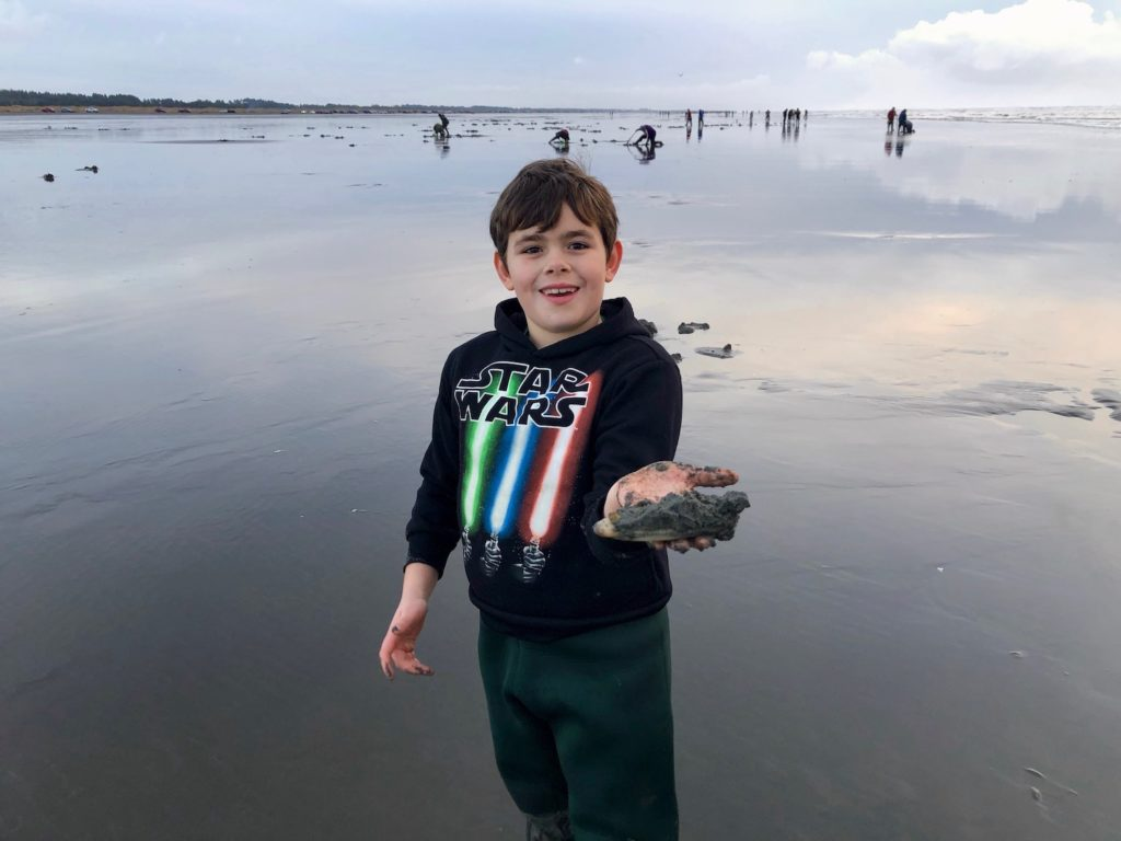 Washington state clamming